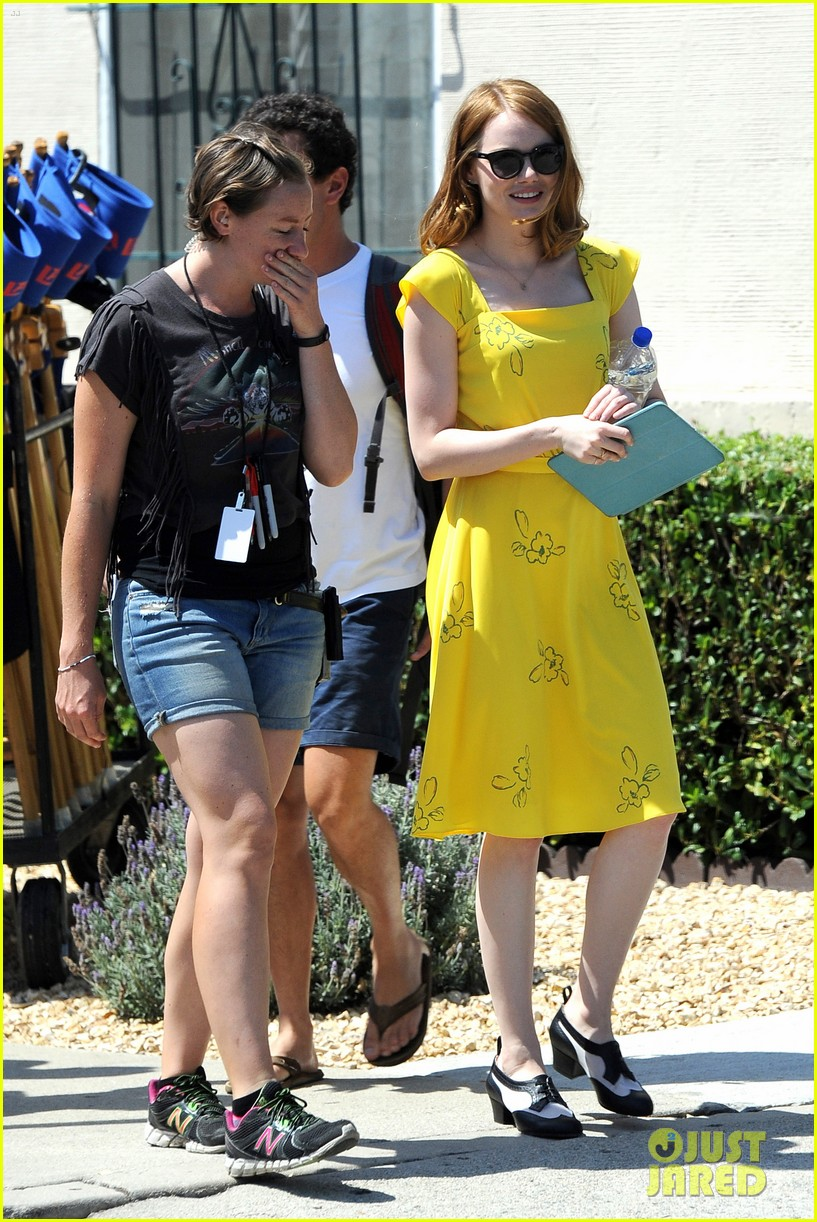 Emma Stone Wears a Lovely Yellow Dress for  La La Land   87515aea3