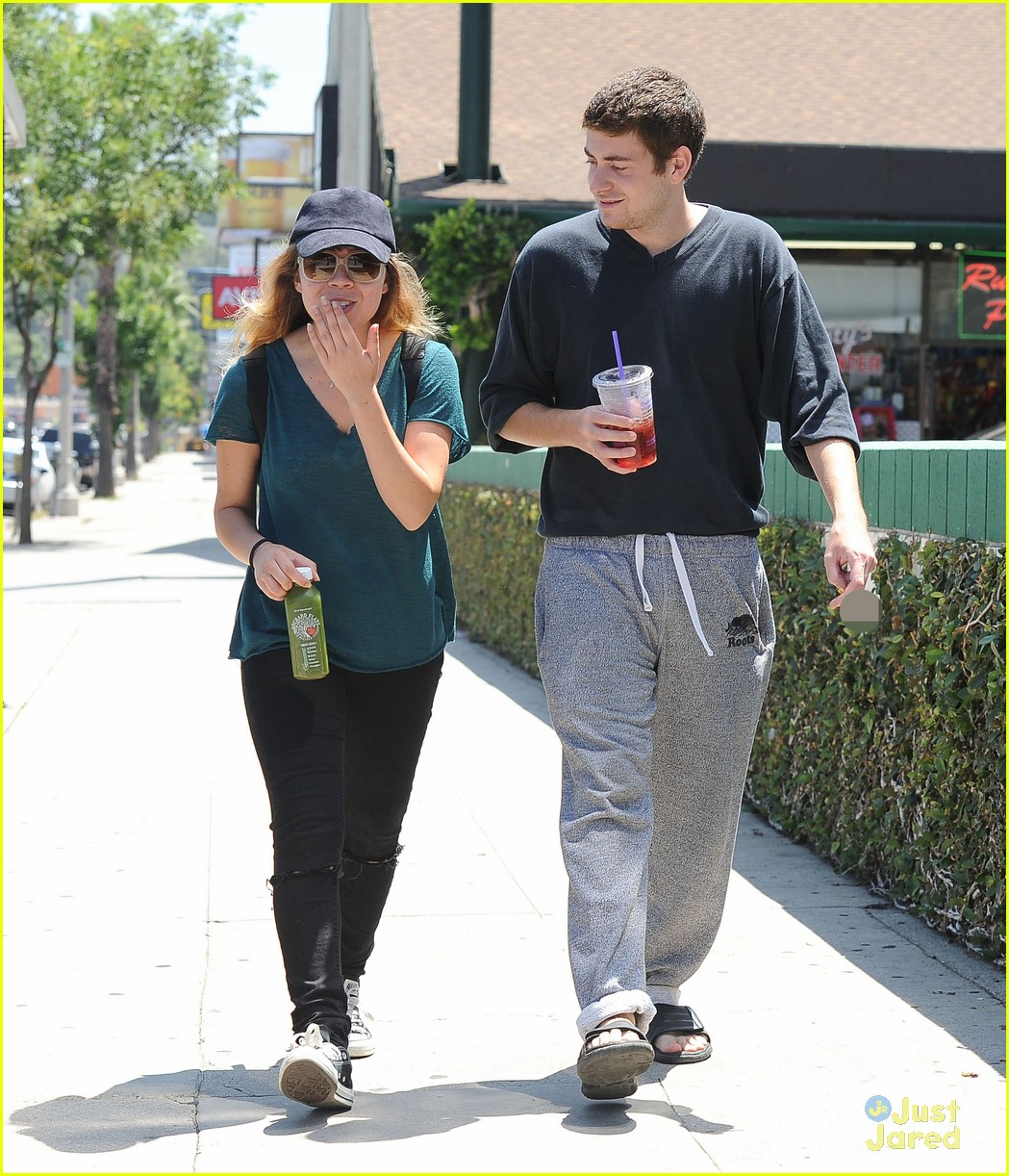 jennette mccurdy jesse carere hang out 05