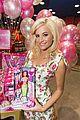 pixie lott steffi dolls hamleys signing 29