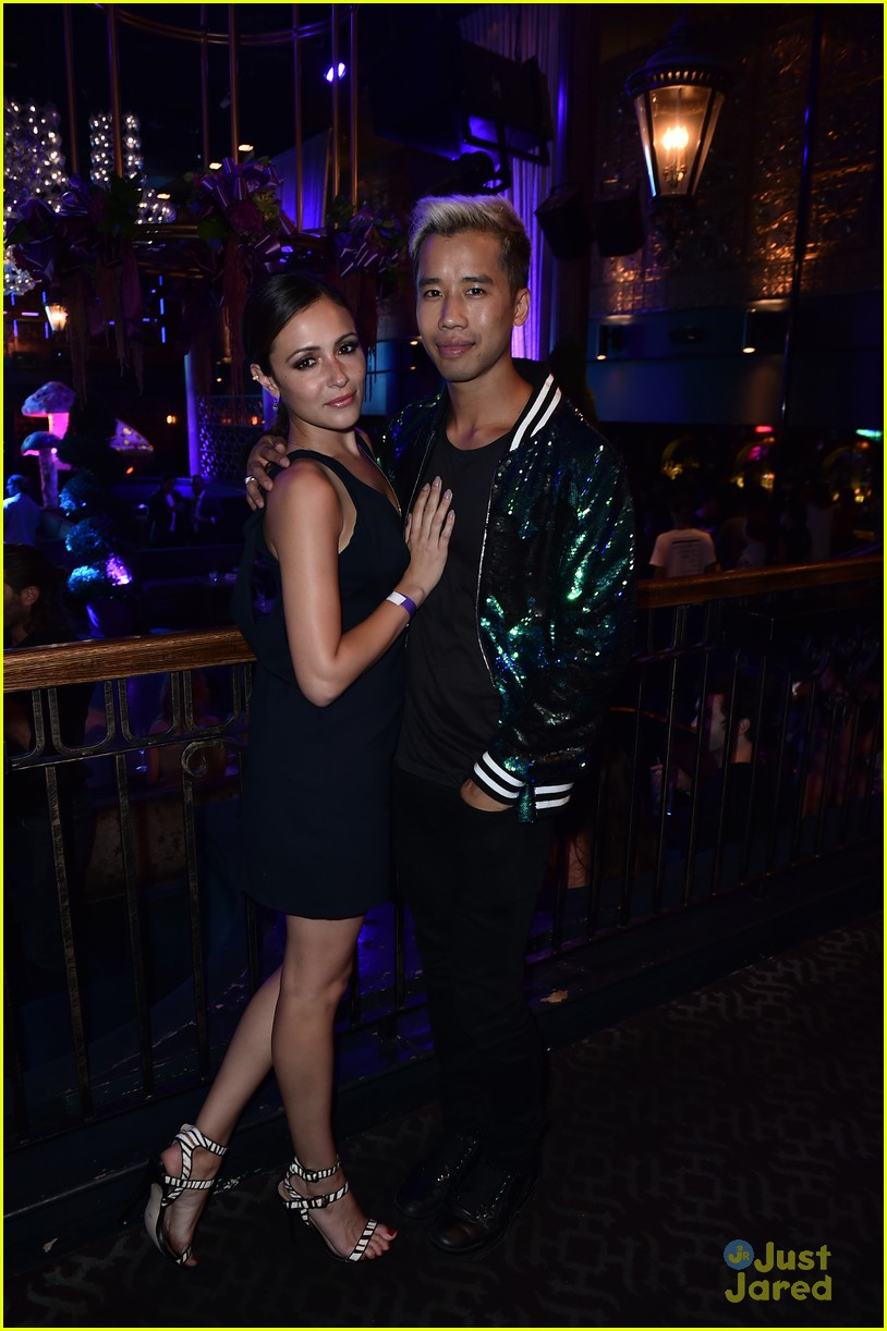 italia ricci katie stevens just jared wonderland party 06