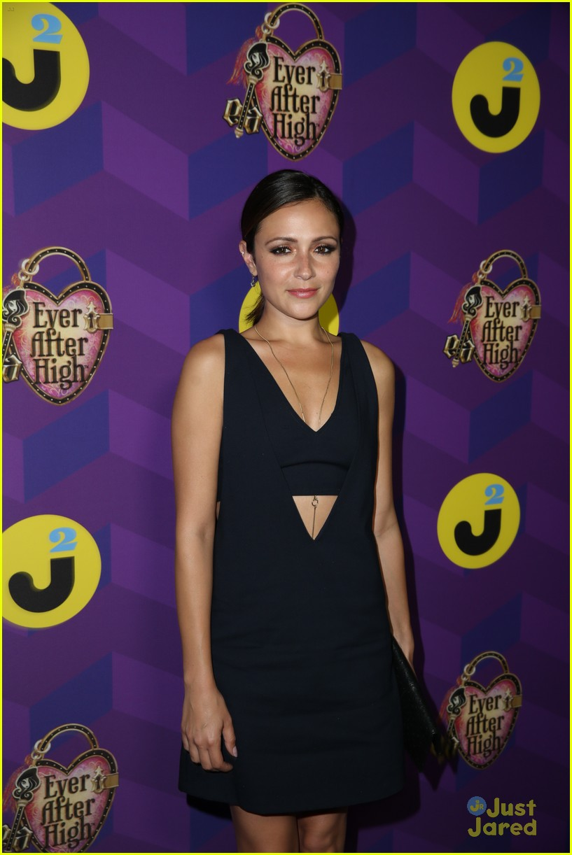 italia ricci katie stevens just jared wonderland party 29