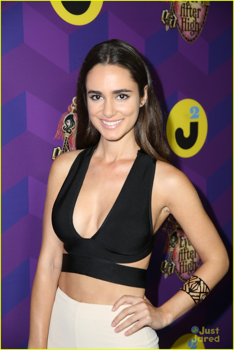 italia ricci katie stevens just jared wonderland party 31
