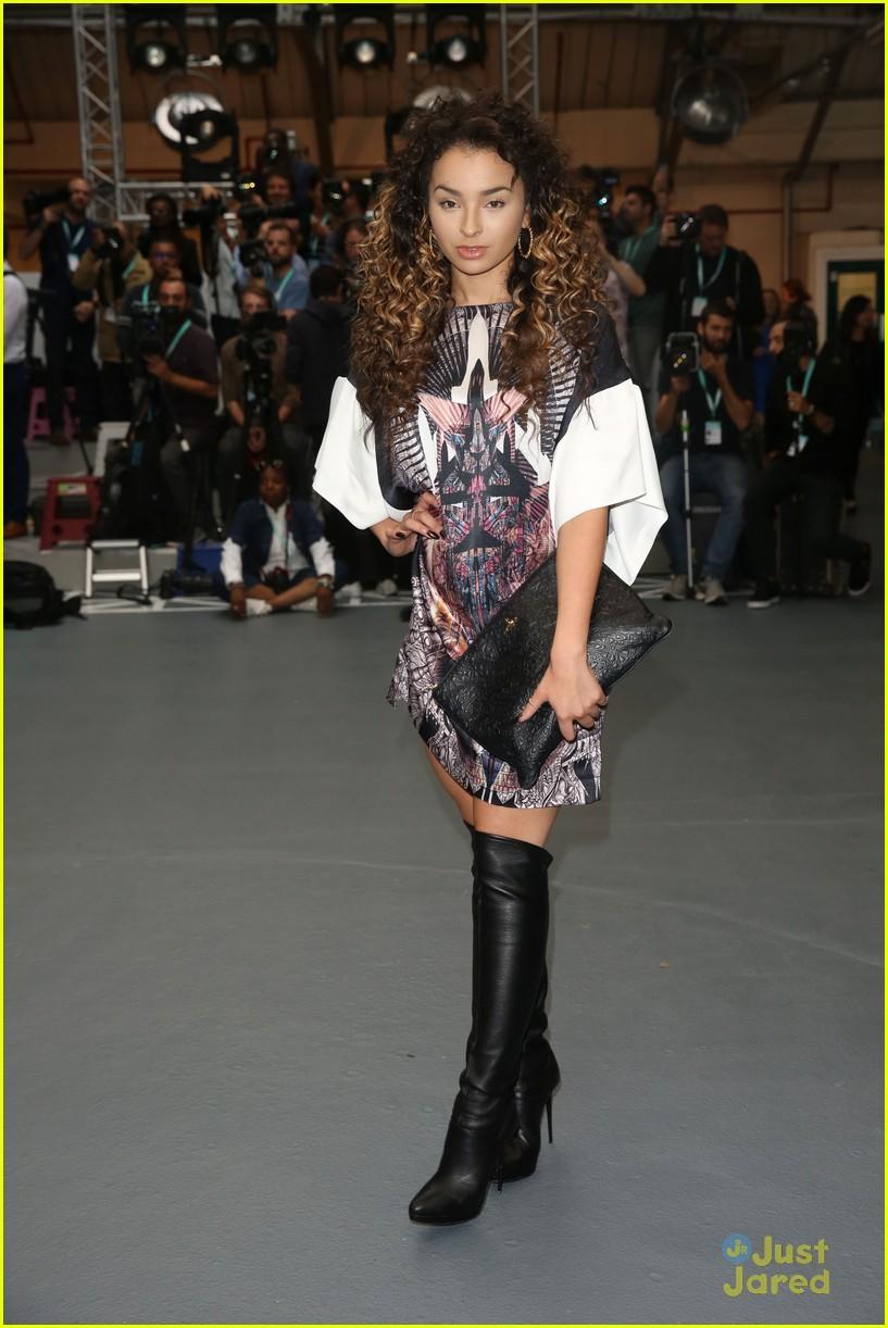 ella eyre lewis morgan london fashion week flawes 08