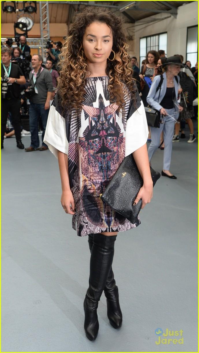 ella eyre lewis morgan london fashion week flawes 14