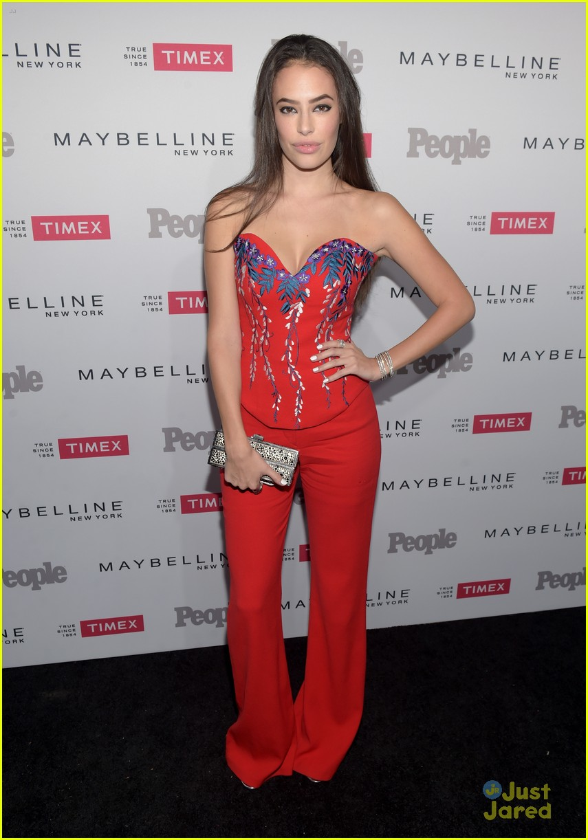 robbie amell italia ricci people watch party keegan allen more 01