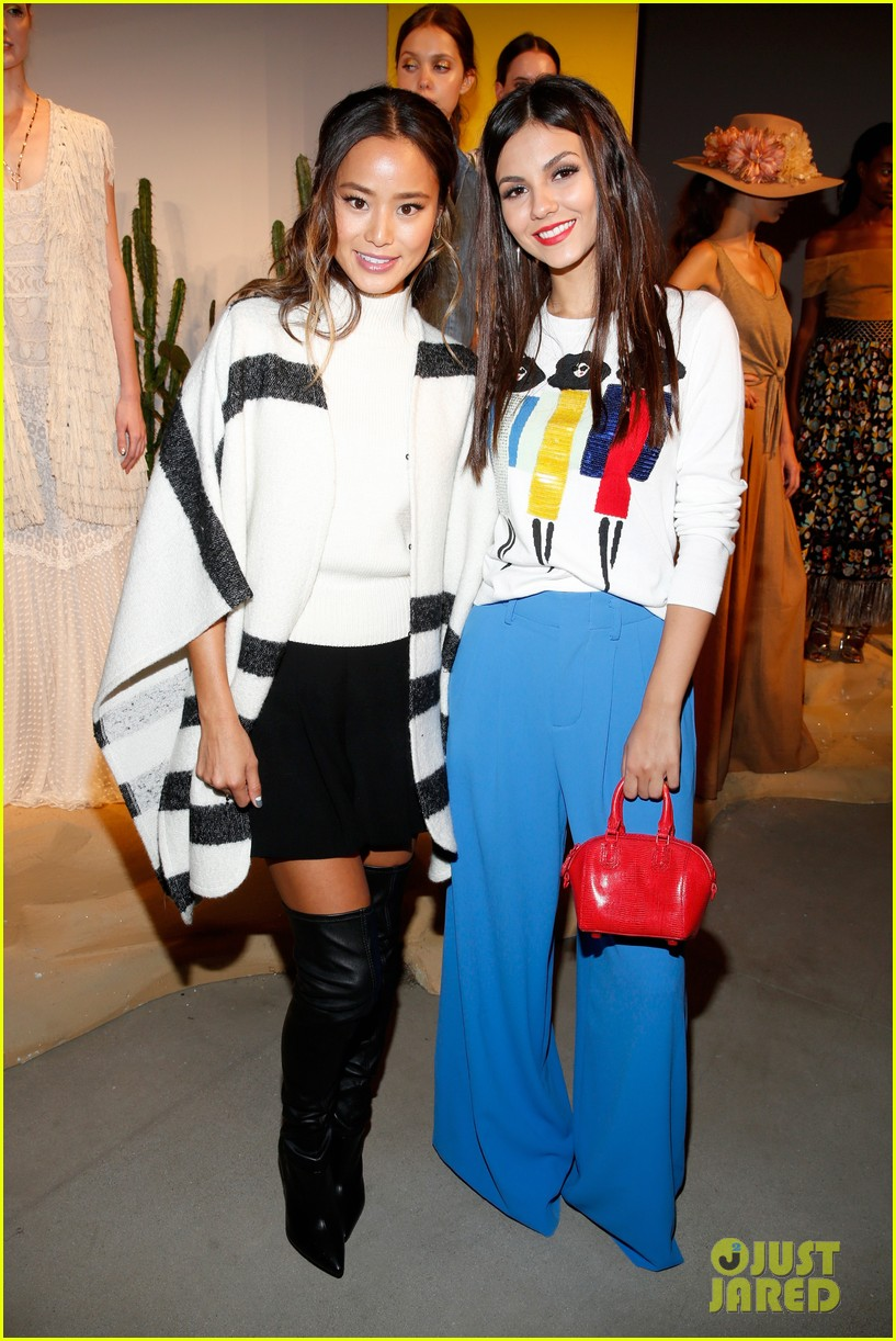 victoria justice joey king alice olivia nyfw 29