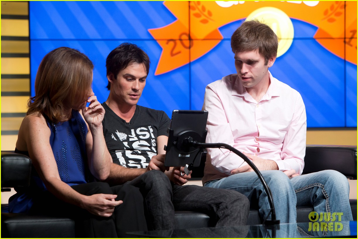 ian somerhalder compares technology to a disease 07