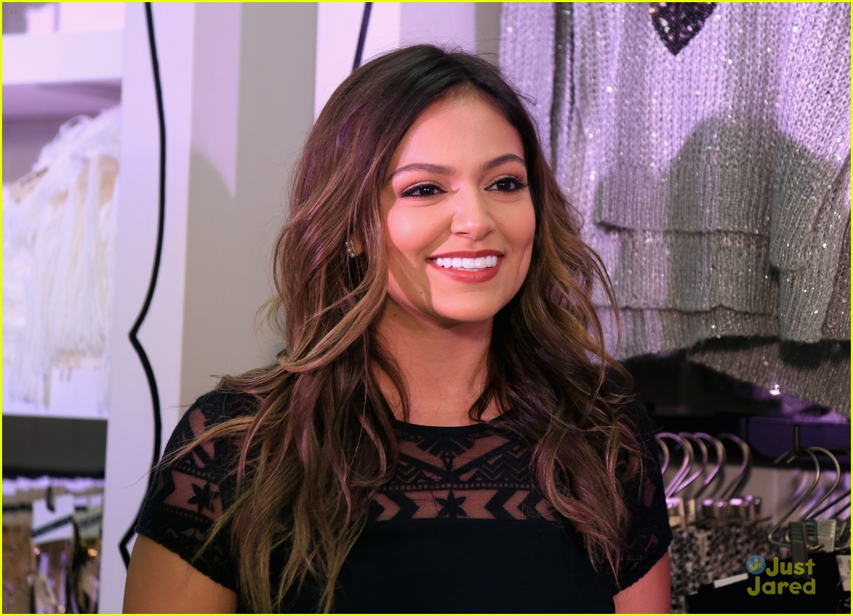 chloe lukasiak bethany mota madison beer beautycon nyc 10