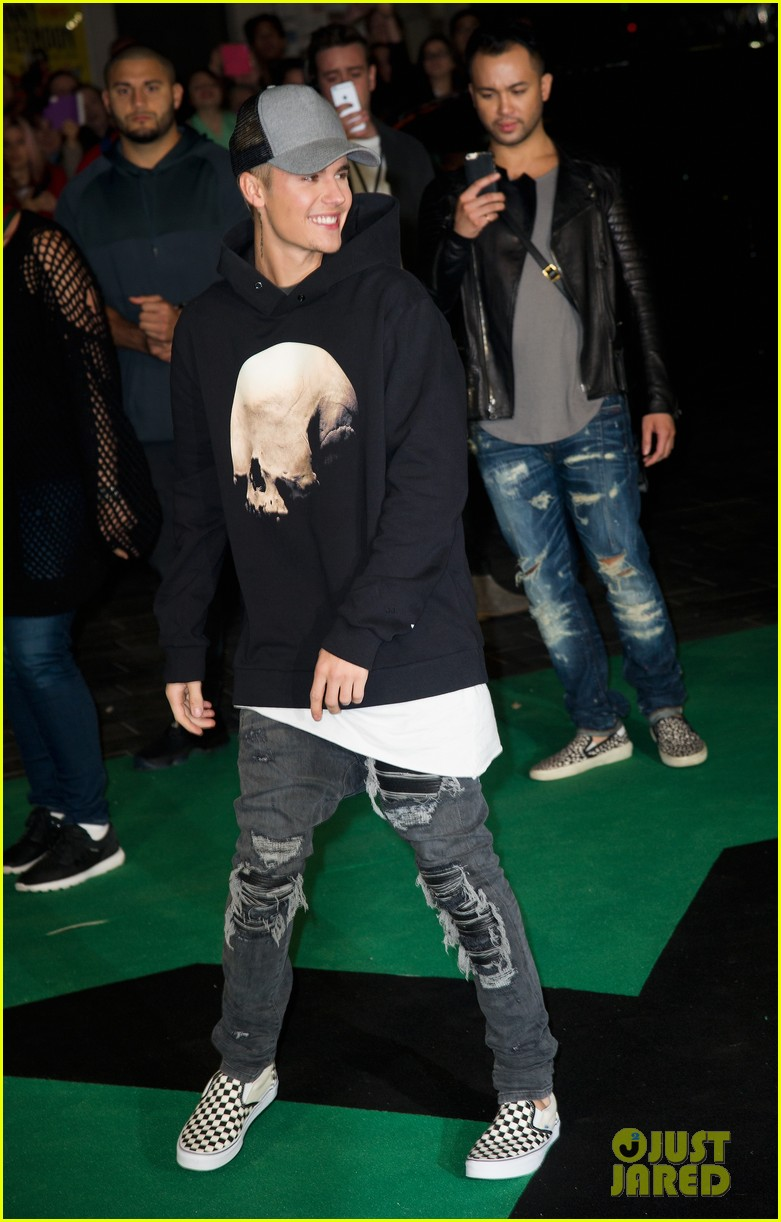 justin bieber sorry video download with lyrics