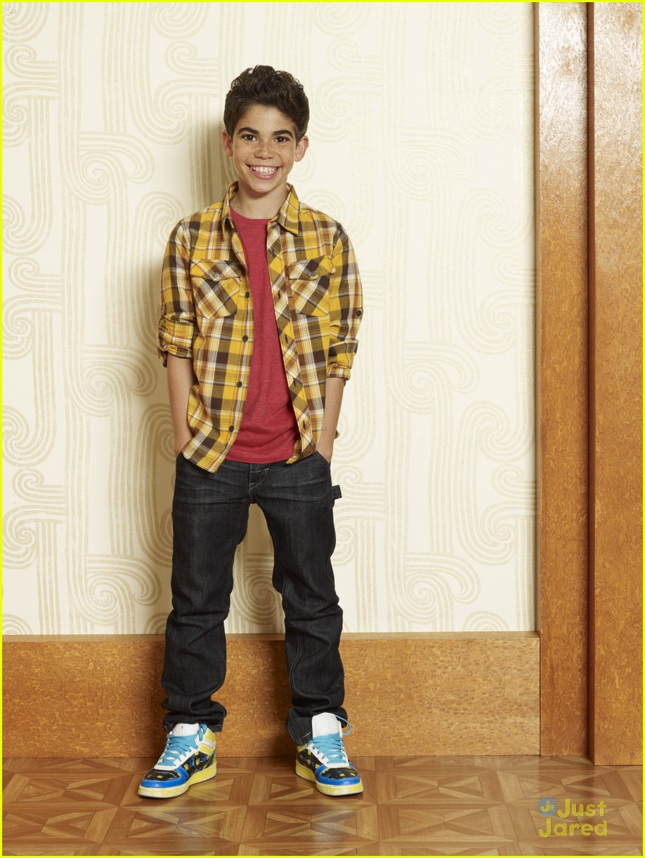 Cameron Boyce Can T Wait For Jessie S 10 Year Reunion Read His Goodbye Letter Here Photo 879453 Cameron Boyce Exclusive Jessie Television Pictures Just Jared Jr