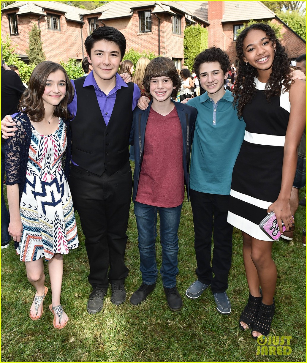 gortimer gibbons cast just jared jr fall fun day 08