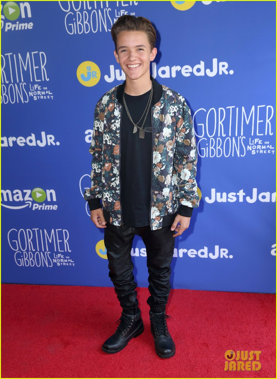 gortimer gibbons cast just jared jr fall fun day 11