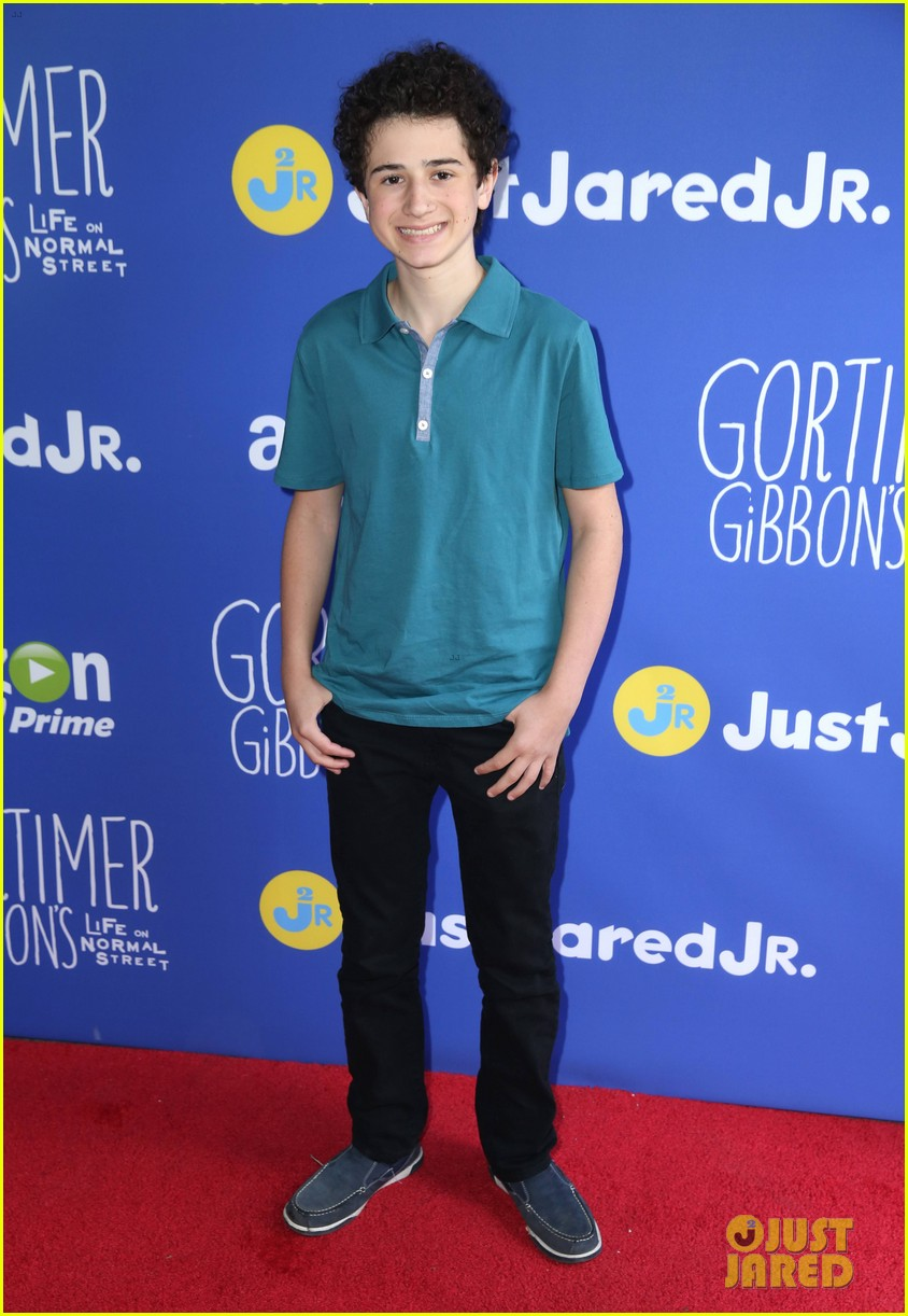 gortimer gibbons cast just jared jr fall fun day 28