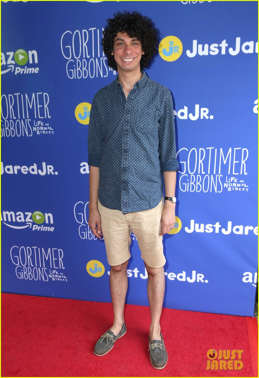gortimer gibbons cast just jared jr fall fun day 44