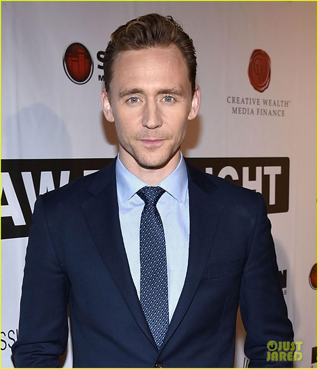 tom hiddleston elizabeth olsen i saw the light premiere 02