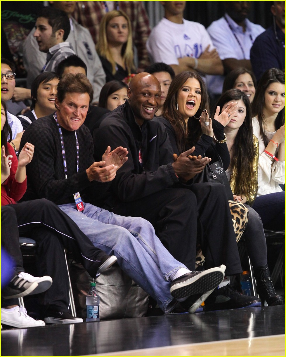 kardashian family releases joint statement on lamar odom 02