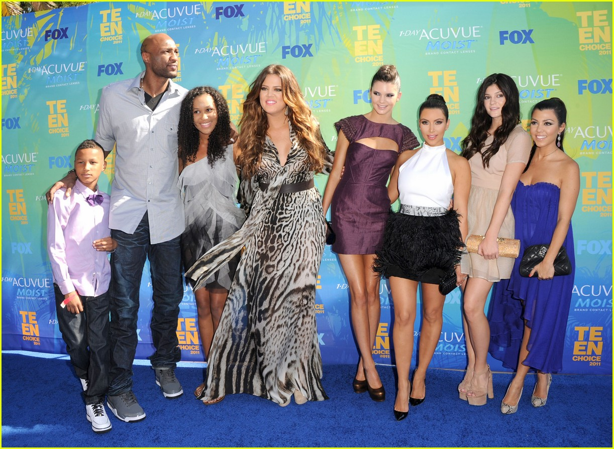 kardashian family releases joint statement on lamar odom 05