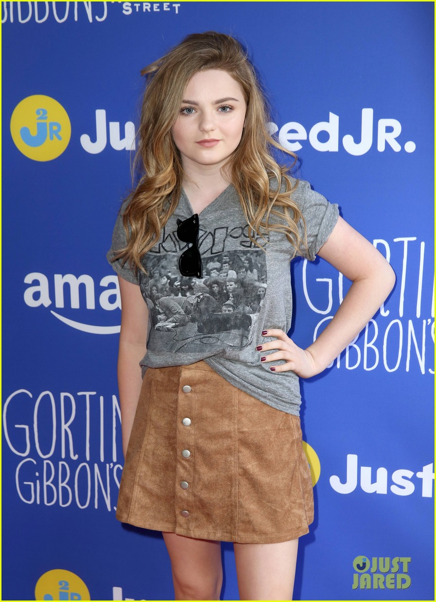 Kaitlyn Dever & Joey King Bring Out Fall Style for Just