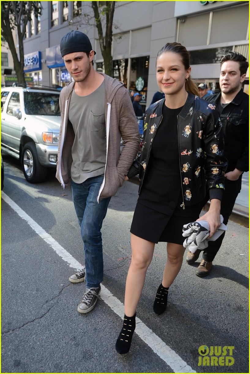 Melissa Benoist Blake Jenner Hold Hands During Supergirl Promo In Nyc Photo 884681 Blake Jenner Melissa Benoist Pictures Just Jared Jr