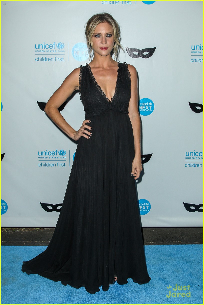 Brittany Snow & Bianca Santos Choose Black Attire For Unicef\'s Black ...