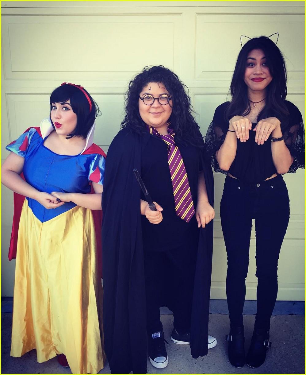 celeb halloween costumes might have missed 06  sc 1 st  Just Jared Jr. & Reignu0027 u0026 u0027Liv u0026 Maddieu0027 Casts Totally Owned Halloween 2015 - See All ...
