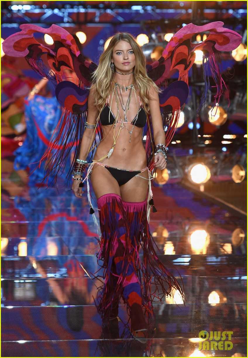 28fb7e605e Stella Maxwell   Martha Hunt Get Their Wings at Victoria s Secret ...