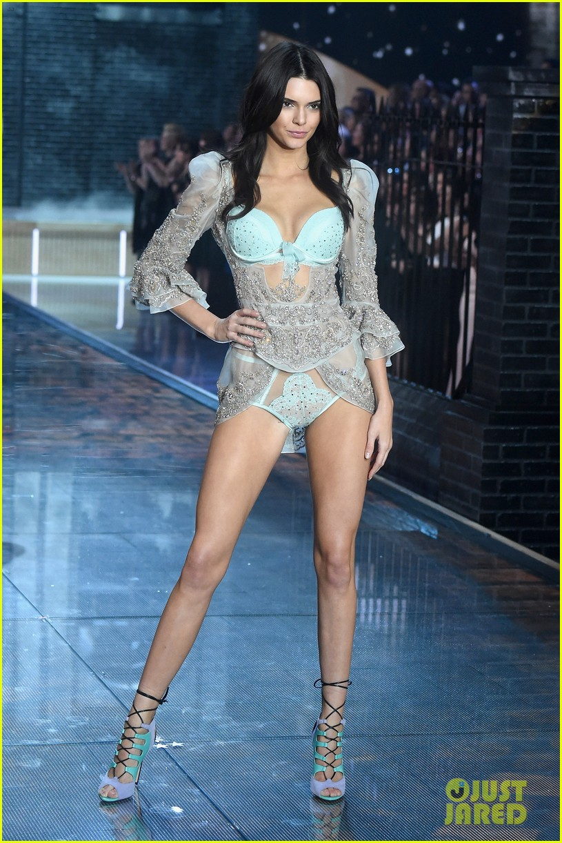 07bf390dde60a Kendall Jenner Makes Her 'VS' Fashion Show Debut with Gigi Hadid ...