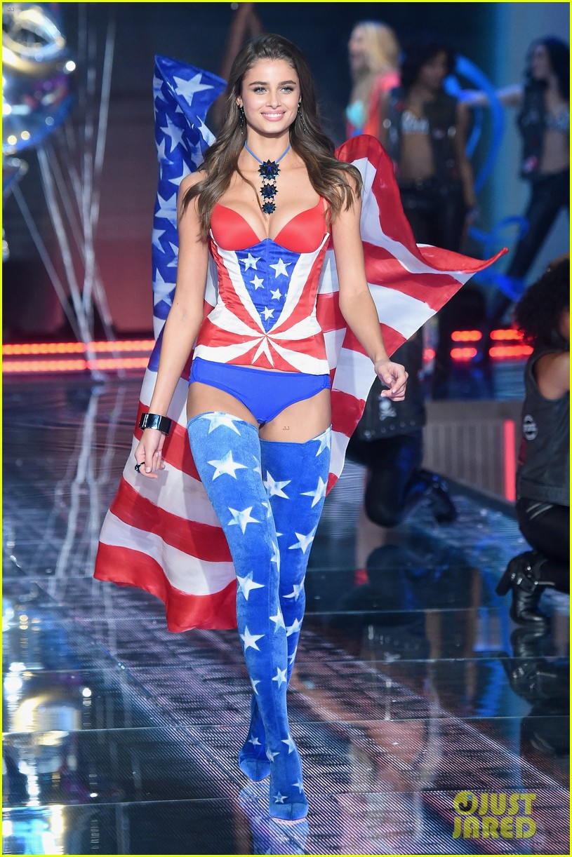 6a25bb08deab3 Kendall Jenner Makes Her  VS  Fashion Show Debut with Gigi Hadid ...