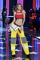 kendall jenner gigi hadid victorias secret fashion show 2015 23