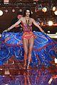 kendall jenner gigi hadid victorias secret fashion show 2015 28