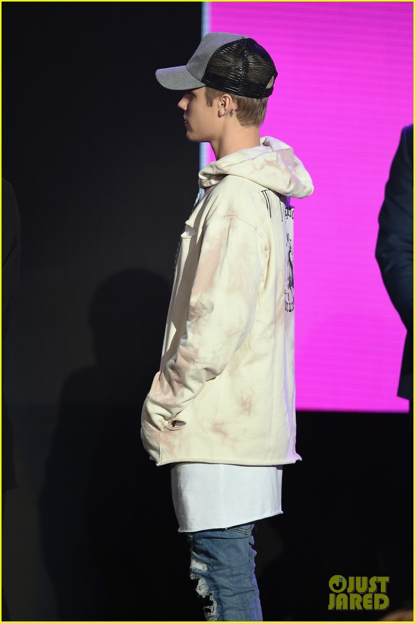 picture of justin bieber 2015
