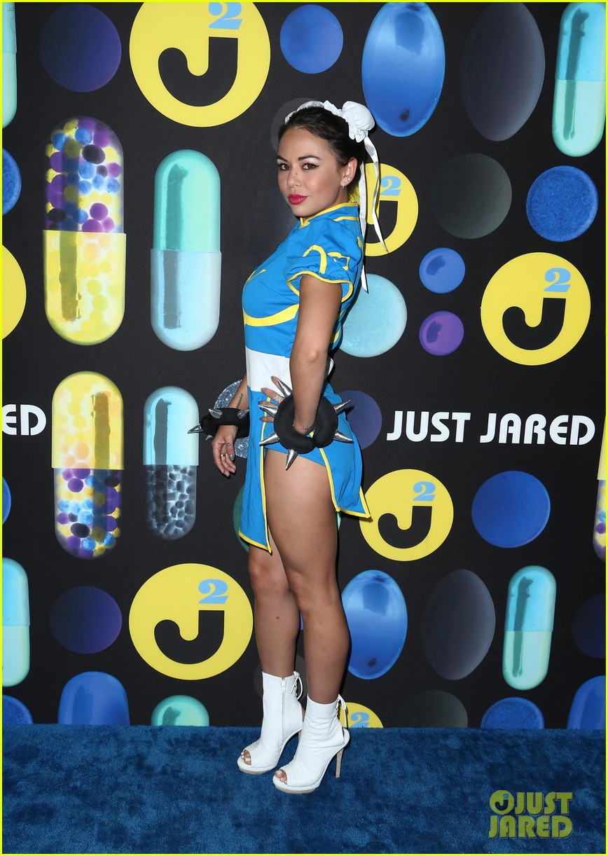 shay mitchell ashley benson just jared halloween party 10
