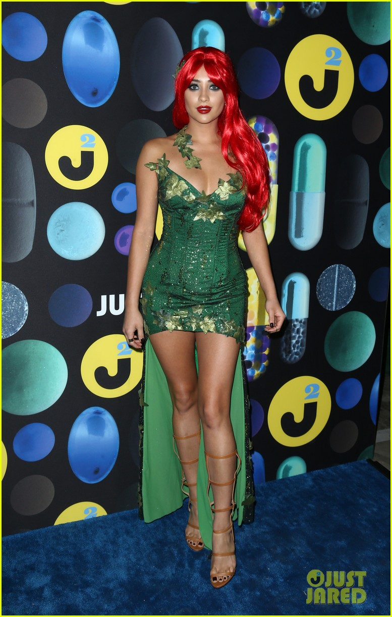 shay mitchell ashley benson just jared halloween party 15