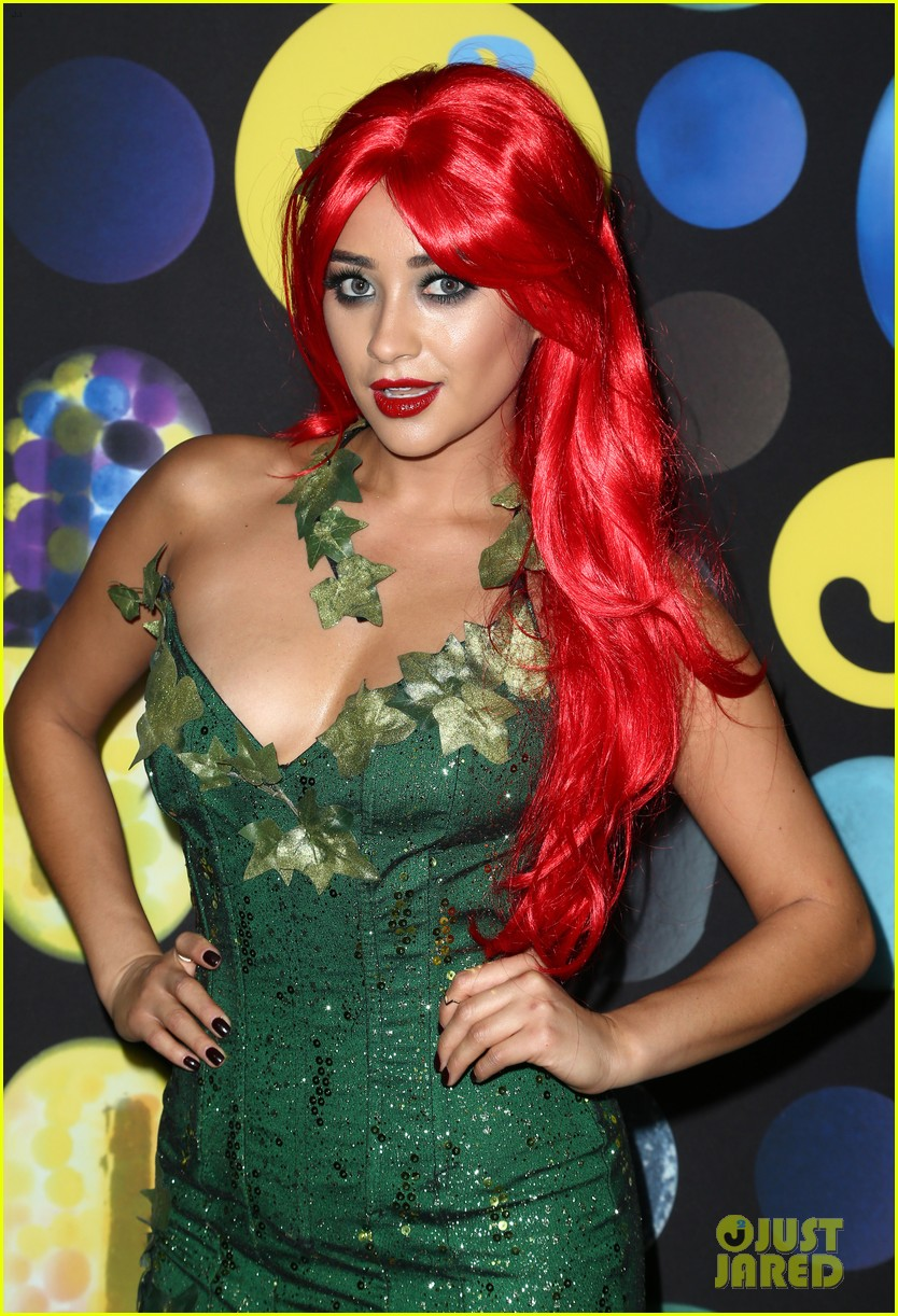shay mitchell ashley benson just jared halloween party 25