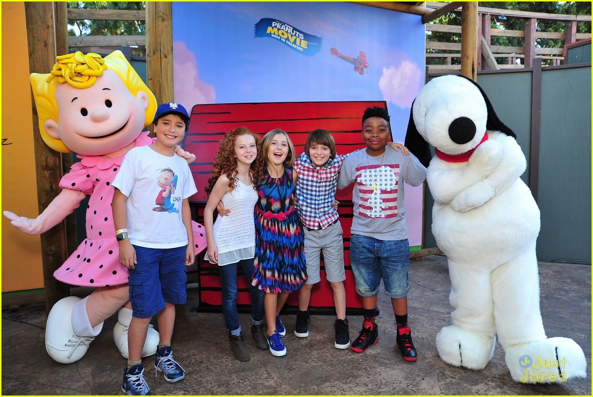 peanuts movie gang photo call knotts berry farm 05