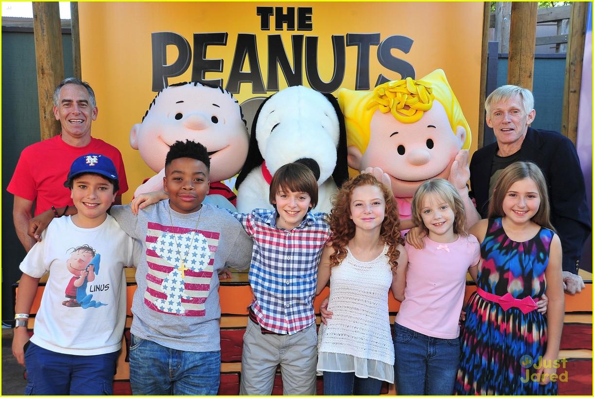 peanuts movie gang photo call knotts berry farm 06