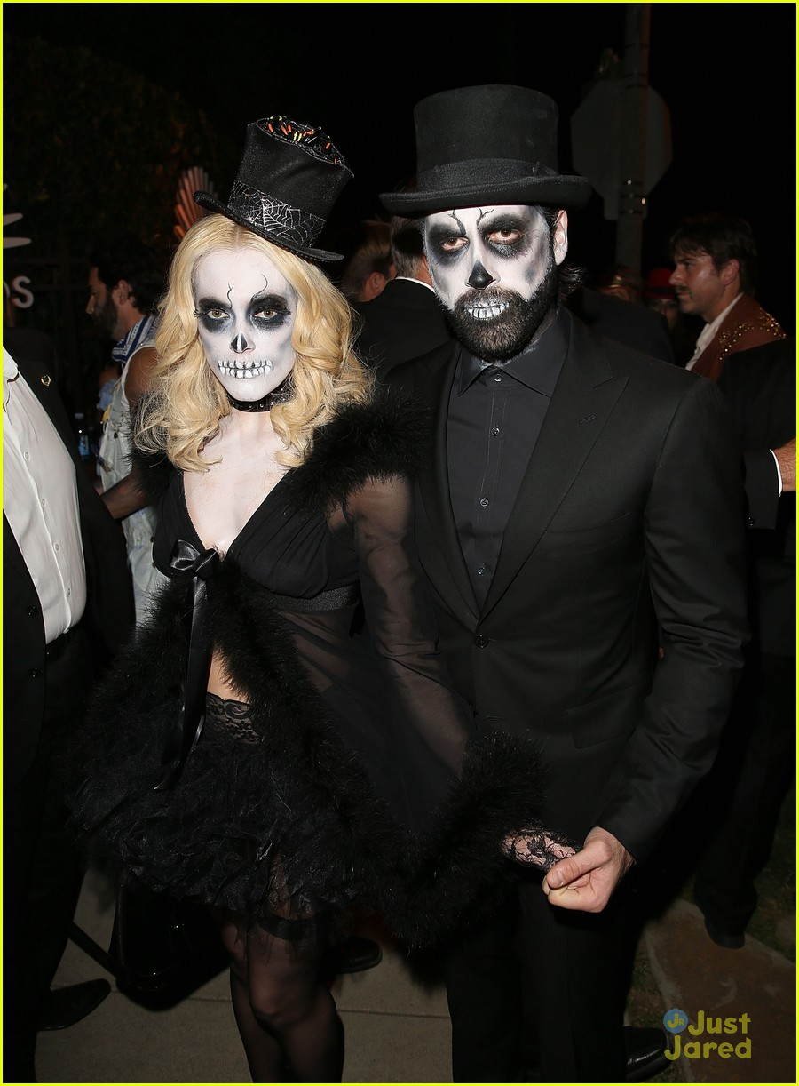 peta maks julianne derek hough more casamigos halloween party 04