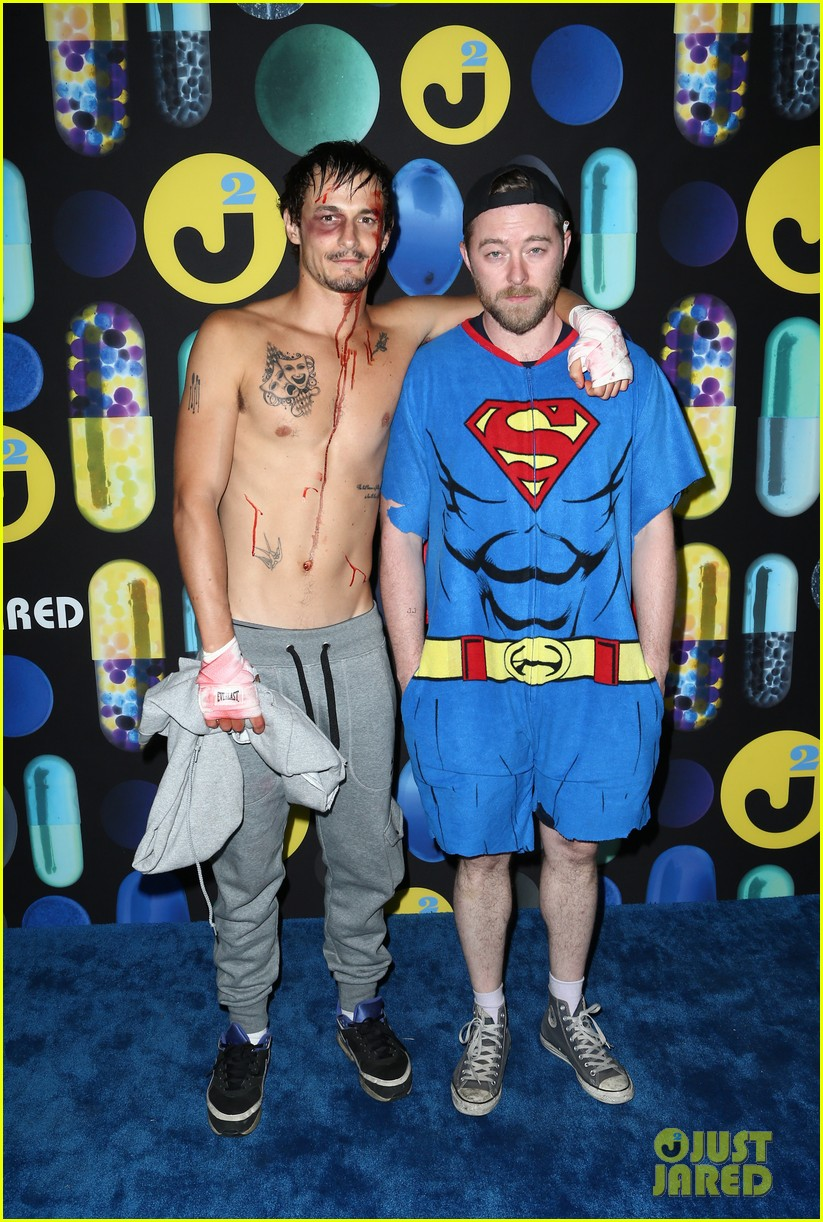 mark salling dresses as jared eng at the jj halloween party 08
