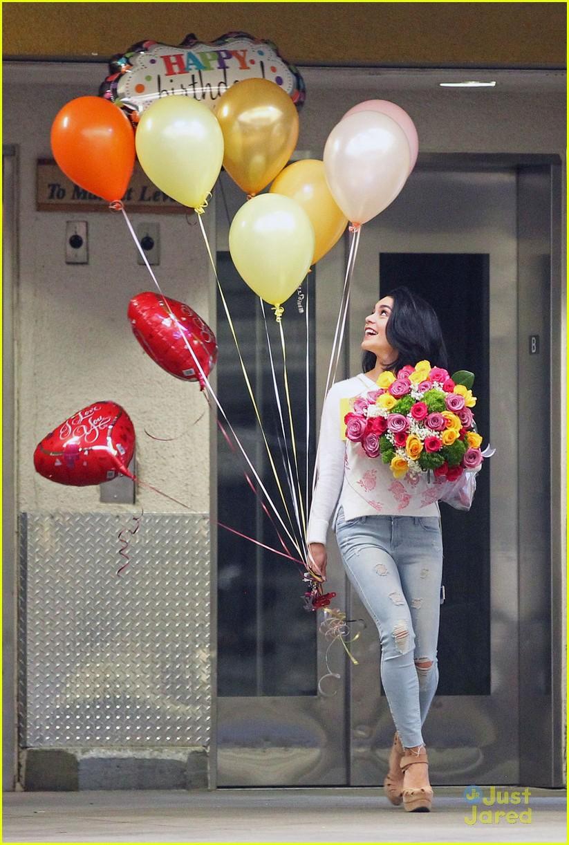 Vanessa Hudgens Mom Bday Balloons Flowers 04