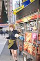 bella thorne eats hot dog nyc 10