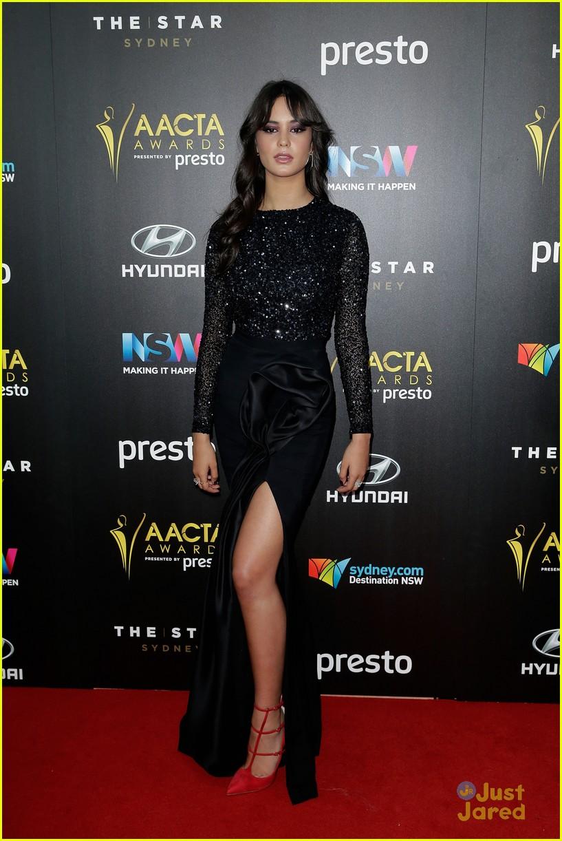 Bindi Irwin Amp Courtney Eaton Keep It Chic For Aacta Awards