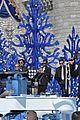 disney christmas parade full lineup pics 25