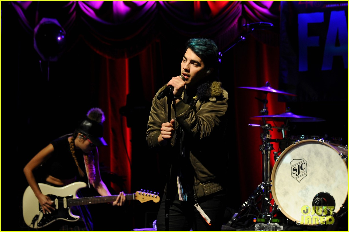 dnce tj martell foundation 2015 family day 14