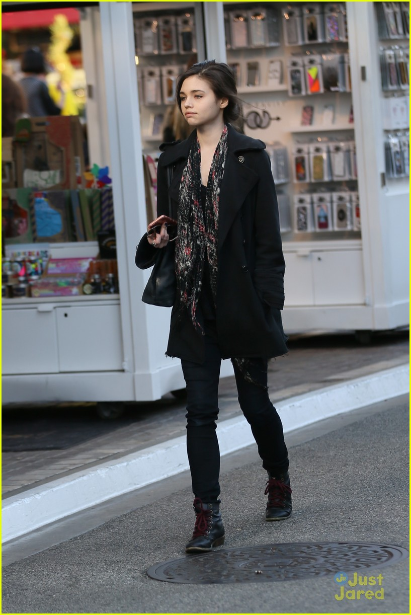 india eisley shops grove audrina details 06
