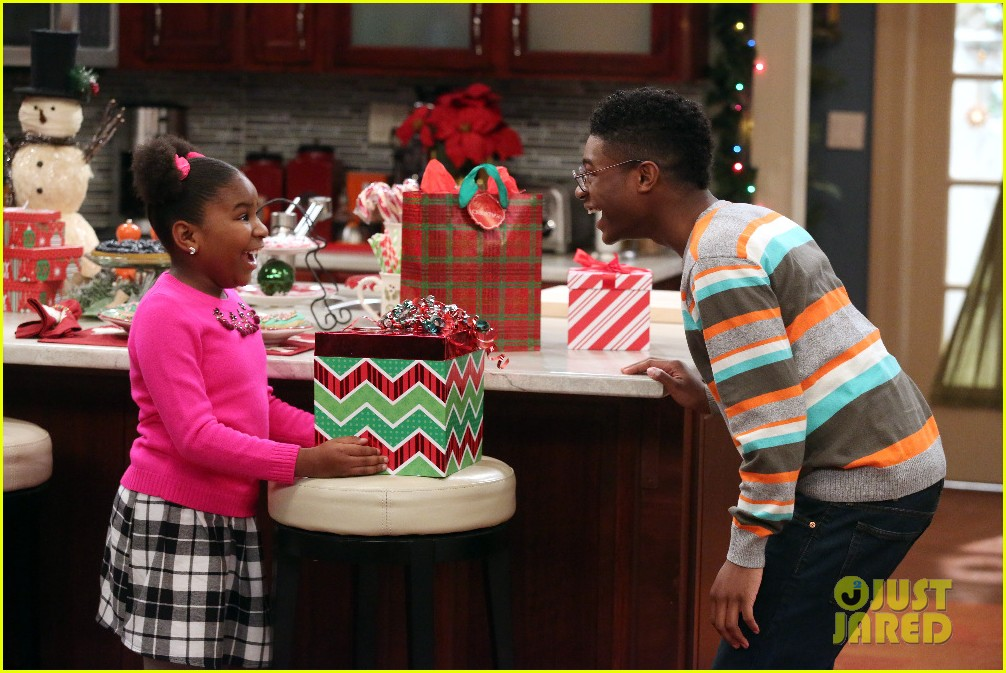 kc undercover fight before christmas stills 01
