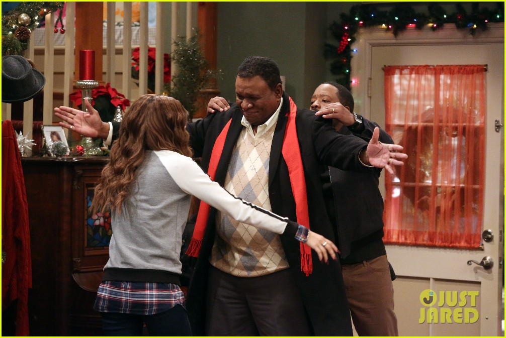 kc undercover fight before christmas stills 02
