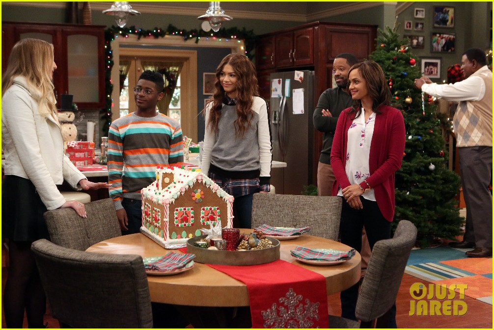 kc undercover fight before christmas stills 04