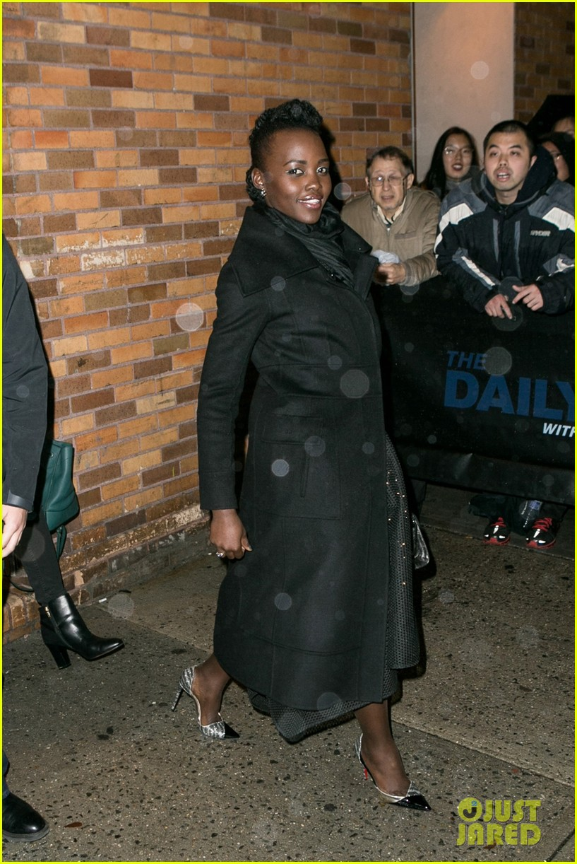 lupita nyongo star wars fashion event 08