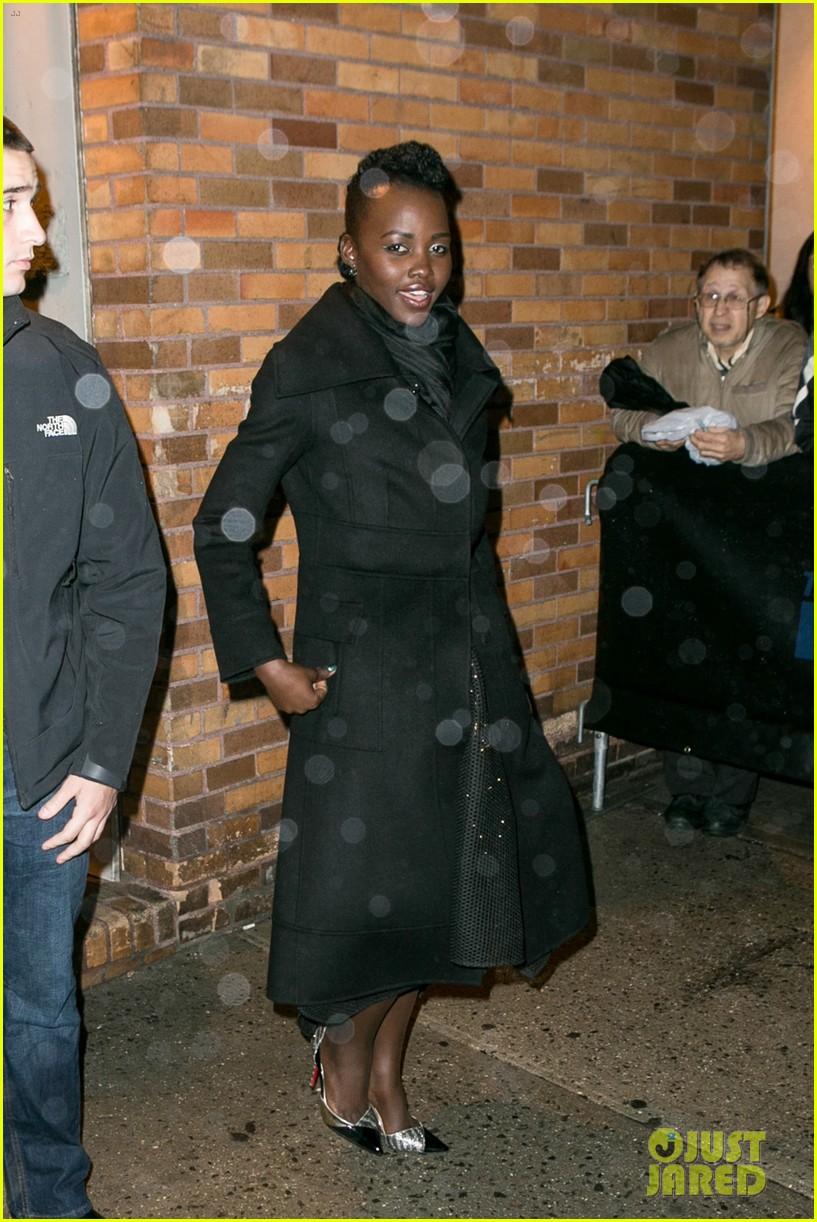 lupita nyongo star wars fashion event 11