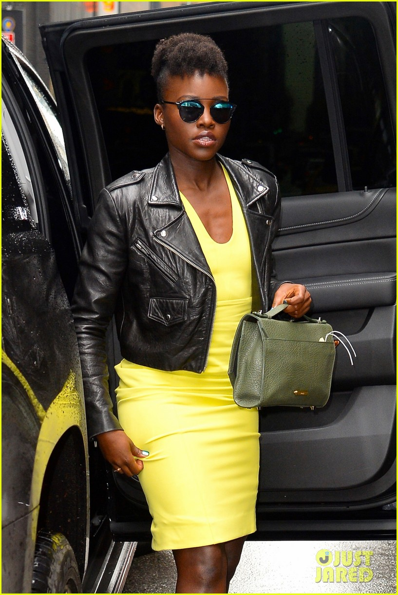 lupita nyongo star wars fashion event 15